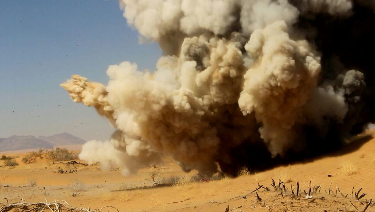 شاهد صورا لتفجير الالغام التي زرعتها مليشيا الحوثي في شبوة