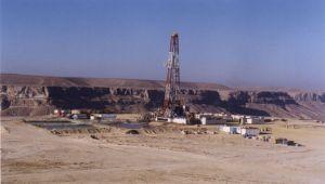 إنتهاء عقود الشركات يُفاقم مشاكل النفط في اليمن