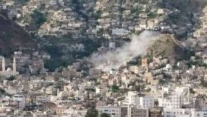 تعز: المليشيا تقصف الأحياء السكنية وترسل تعزيزات عسكرية إلى مداخل المدينة (تقرير ميداني)