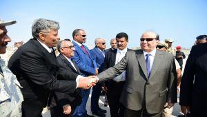 هادي في عدن... ما أهمية زيارته الثالثة للعاصمة المؤقتة (تقرير خاص)