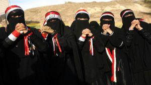 ثائرات فبراير في تعز.. أدوار خالدة ومواقف لا تنسى (تقرير)