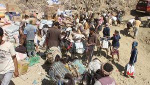 المساعدات الإغاثية في تعز تثير جدلاً واسعاً حول مصير آلاف السلال الغذائية (تقرير)