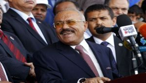الصراع بين الحوثي وصالح.. أيهما أقوى عسكريًا وسينتصر على الطرف الآخر؟ (تحليل)