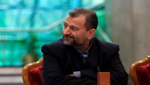 قيادي بحماس يقول العلاقات مع إيران باقية ولا إلقاء للسلاح