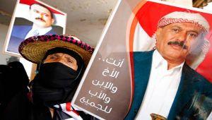 نفوذ صالح يختفي في صنعاء وبضاعته ورثها الحوثي (تقرير)