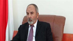 اليدومي يلتقي السفير الأمريكي ويبحثان الوضع في اليمن