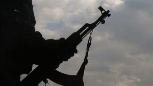 اغتيالات أئمة المساجد في عدن تثير الأسئلة عن دور الإمارات وأدواتها