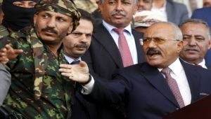 السيناريو الأسوأ.. هل ستكتمل العودة التدريجية لنظام صالح في اليمن؟