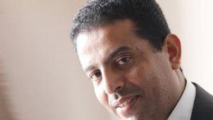 """فيصل علي يكتب لـ""""الموقع بوست"""": المتغطي بالأصلع عريان"""