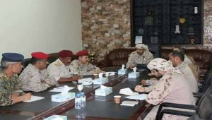 هادي يمنع لجنة عسكرية شكلتها الإمارات من الذهاب إلى تعز ويعتبر تشكيلها تجاوزا لمؤسسات الدولة
