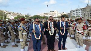 الزبيدي يحذر الحكومة الشرعية ويدعو مسلحيه لتجهيز بنادقهم ويتعهد بمحاربة الحوثي وفكر الإخوان