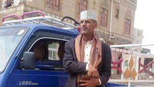 """""""بابا سمير"""".. إعلامي يمني تحول من الميكرفون للمقود"""