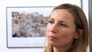فرنسية تفوز بجائزة دولية بعد تغطيتها للحرب في اليمن ومجلة سعودية تحذف خبر فوزها بعد نشره