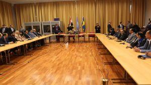 مشاورات السويد بين التفاؤل والتشاؤم.. والانتقالي يغرد خارج السرب (تقرير)