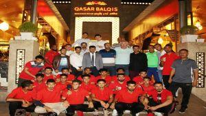 اتحاد طلاب اليمن بماليزيا يقيم مأدبة عشاء على شرف بعثة المنتخب الوطني بكوالالمبور