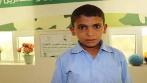 """""""عزام"""" قصة طفل أدمن المخدرات في معسكرات الحوثيين"""