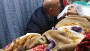 انتظرت ابنها الأسير 16 عاما.. وماتت في أحضانه لحظة تحريره