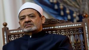 """شيخ الأزهر لـ""""دعاة التطوير"""": نحن حراس على الشريعة الإسلامية"""