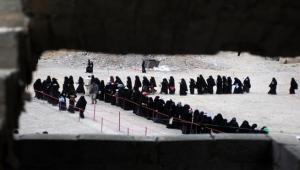 منظمة حقوقية: الحوثيون يحتجزون 80 يمنية في صنعاء لمساومتهن على المال