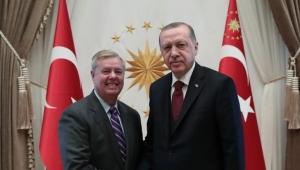 السيناتور غراهام: على واشنطن أن تتعامل مع أكراد سوريا بشكل يرضي تركيا
