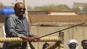 البشير: شعوب الربيع العربي يعيش جزء كبير منهم بالسودان