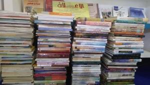 وزارة الثقافة ترفد مكتبة الجامعة العربية بمجموعة من الكتب حول اليمن