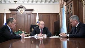 بوتين يرد على ترامب.. تعليق معاهدة الصواريخ وإنتاج صاروخ أسرع من الصوت