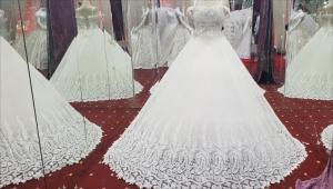 الزواج باليمن.. أحلام مؤجلة لحياة مع وقف التنفيذ