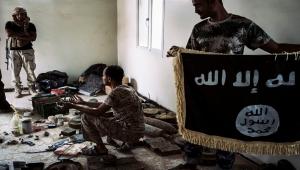 التحالف دعم إحداهما بالسلاح.. واشنطن بوست: صراع دموي بين القاعدة وداعش في اليمن (ترجمة خاصة)