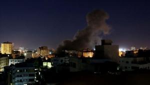 عاصفة غضب بالعالم العربي جراء عدوان إسرائيل على مكتب الأناضول بغزة