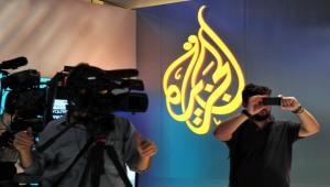 قناة الجزيرة توقف صحفيين عن العمل بسبب تقرير عن محرقة اليهود
