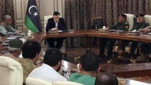 السراج يتعهد بمواصلة المعركة ضد حفتر ويقدم مبادرة لحل الأزمة الليبية