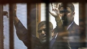 وفاة الرئيس المصري الأسبق محمد مرسي أثناء محاكمته