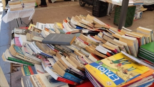 """قيمة """"الورق الأصفر"""" تنعش معرض الكتاب المستعمل بالدار البيضاء"""