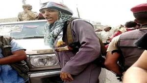 وكيلة وزارة توعدت بذبح الشماليين.. طبيبة تثير الجدل في عدن (رصد)