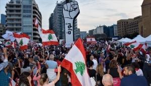 """لبنان.. توتر إثر اقتراب أنصار """"حزب الله"""" و""""أمل"""" من ساحات المحتجين"""