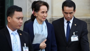 إيكونوميست: زعيمة ميانمار تحولت من بطلة إلى شريرة