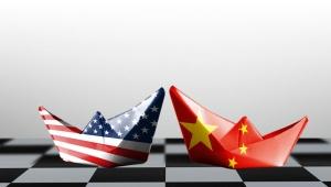 شبح أزمة مالية.. احتمالات ضعيفة لتحسن الاقتصاد العالمي في 2020