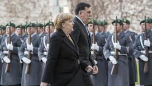 المغرب يستغرب وتونس تعتذر.. برلين تبحث حلا لأزمة ليبيا والسراج يدعو لنشر قوة دولية