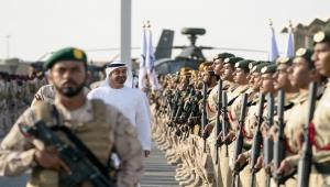 """محمد بن زايد يغرد """"باقون في اليمن عونا للشقيق"""".. ويمنيون يردون (رصد)"""