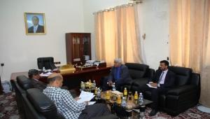وزير الصحة: عازمون على تطوير هيئة مستشفى ابن سيناء بحضرموت