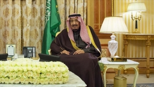 السعودية.. الملك سلمان يظهر للمرة الأولى عقب اعتقال أمراء