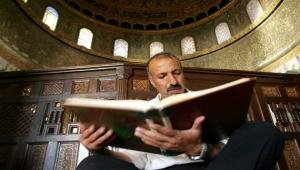 الروايات العربية لمخطوطات البحر الميت: بين التسامح الإبراهيمي والتآمر