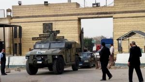 ميدل إيست آي: الإفراج المشروط قد يجنب السجون المصرية كارثة بسبب كورونا