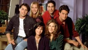 """تأجيل تصوير الحلقة الأكثر انتظارا من مسلسل """"الأصدقاء"""" بسبب كورونا"""