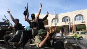 """خسر مدنا إستراتيجية.. ماذا وراء """"السقوط المدوي"""" لحفتر غربي ليبيا؟"""