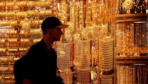 طلاء السبائك وغسل الأموال.. الجزيرة تكشف الفساد في سوق دبي للذهب والفضائح تصل محاكم لندن