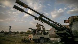 فايننشال تايمز: شركات إماراتية انتهكت حظر الأسلحة إلى ليبيا