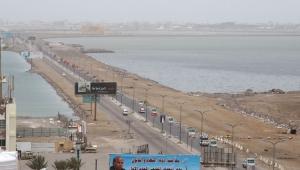 نجاة مدير أمن ميناء المعلا من تفجير استهدف سيارته في عدن