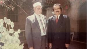 عبد الله السلال: الرئيس اليمني الذي أعاد طائرته الرئاسية وأوسمته بعد عزله وهو في الخارج